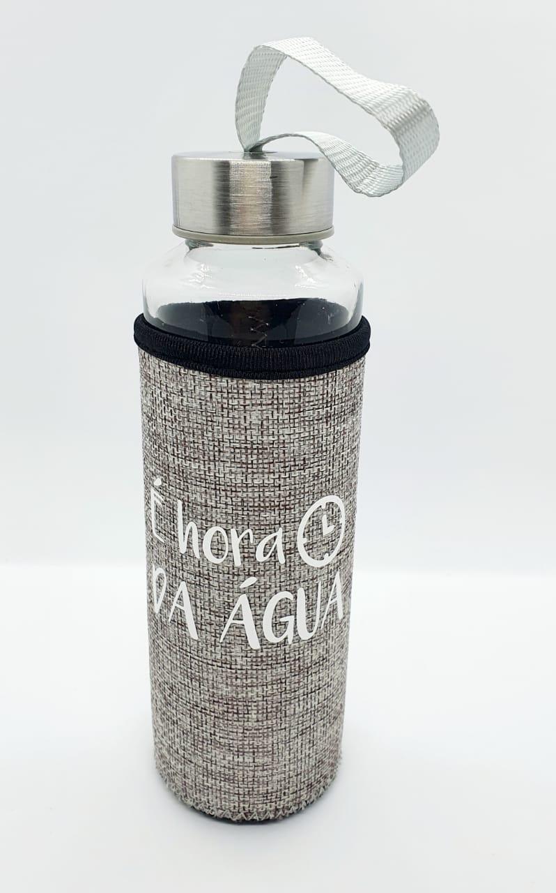 Garrafa de vidro Fashion com capa em Neoprene 400ml - É hora da água