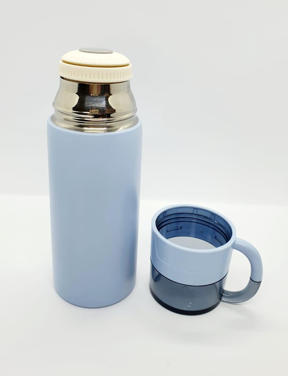 Garrafa térmica com copo - 350ml