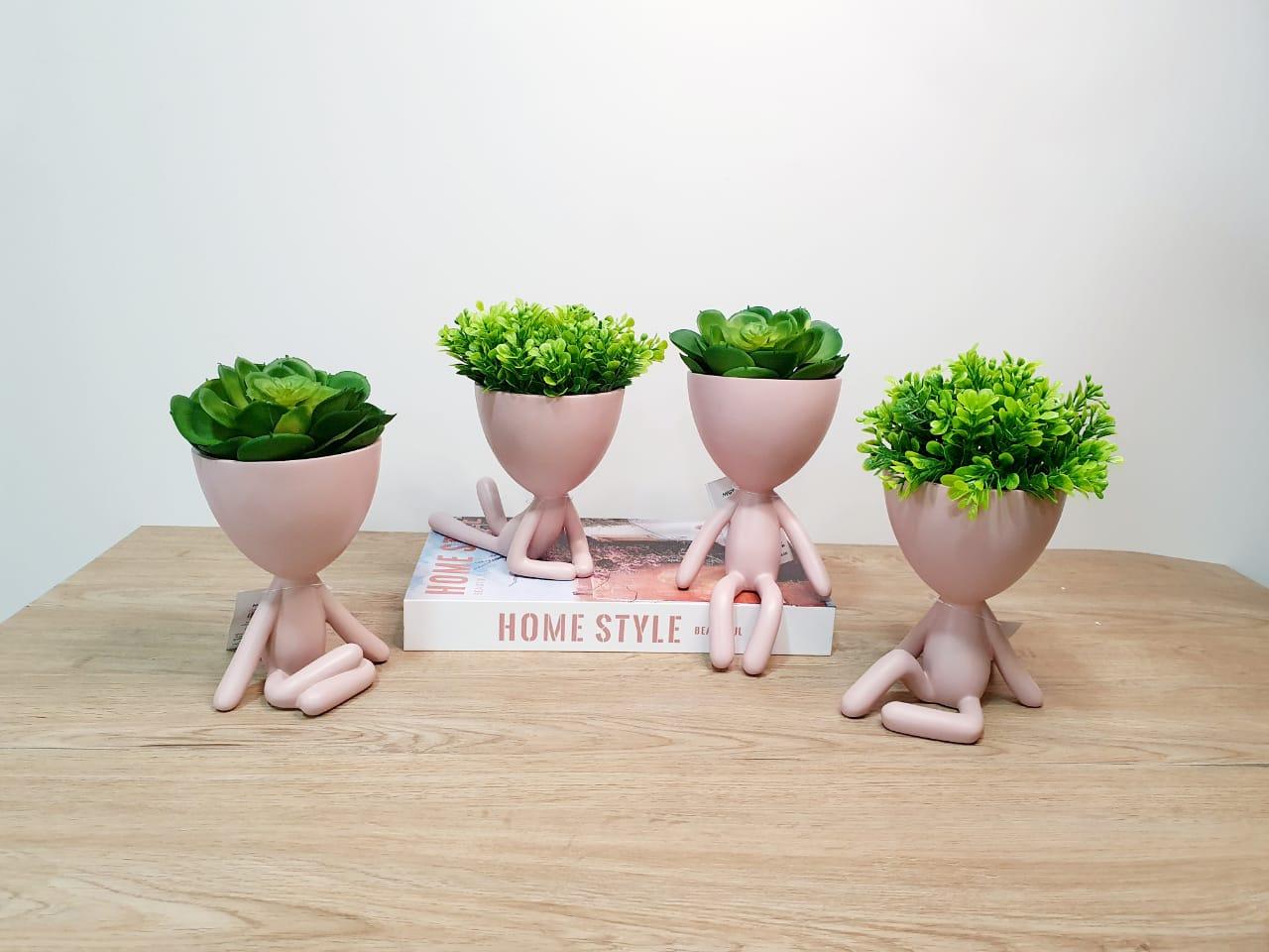 Kit - Quarteto de vasos Bob em poliresina