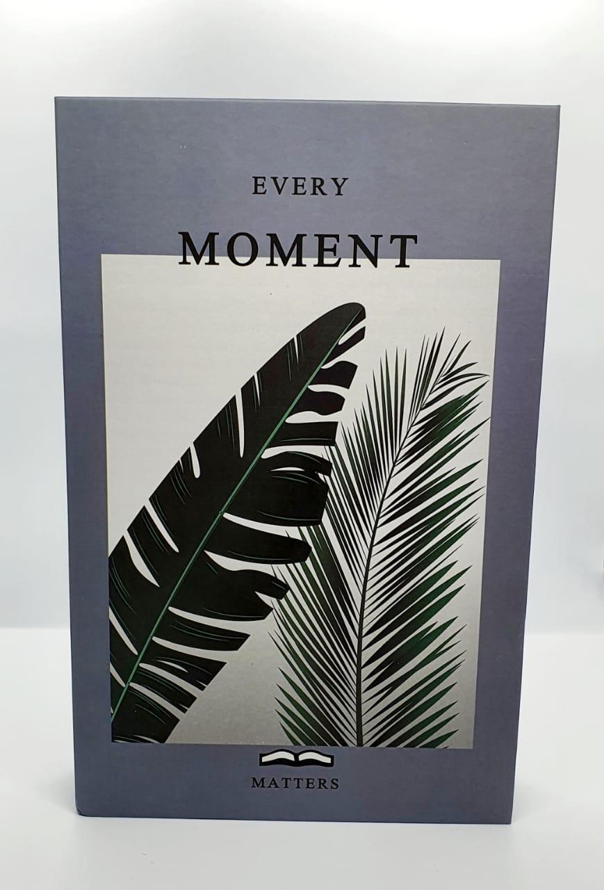 Livro de papel decorativo - Moment