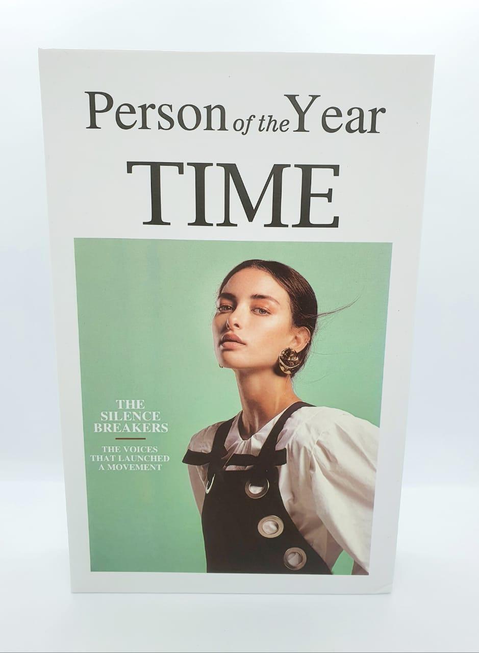 Livro de papel decorativo - Person of the Year time