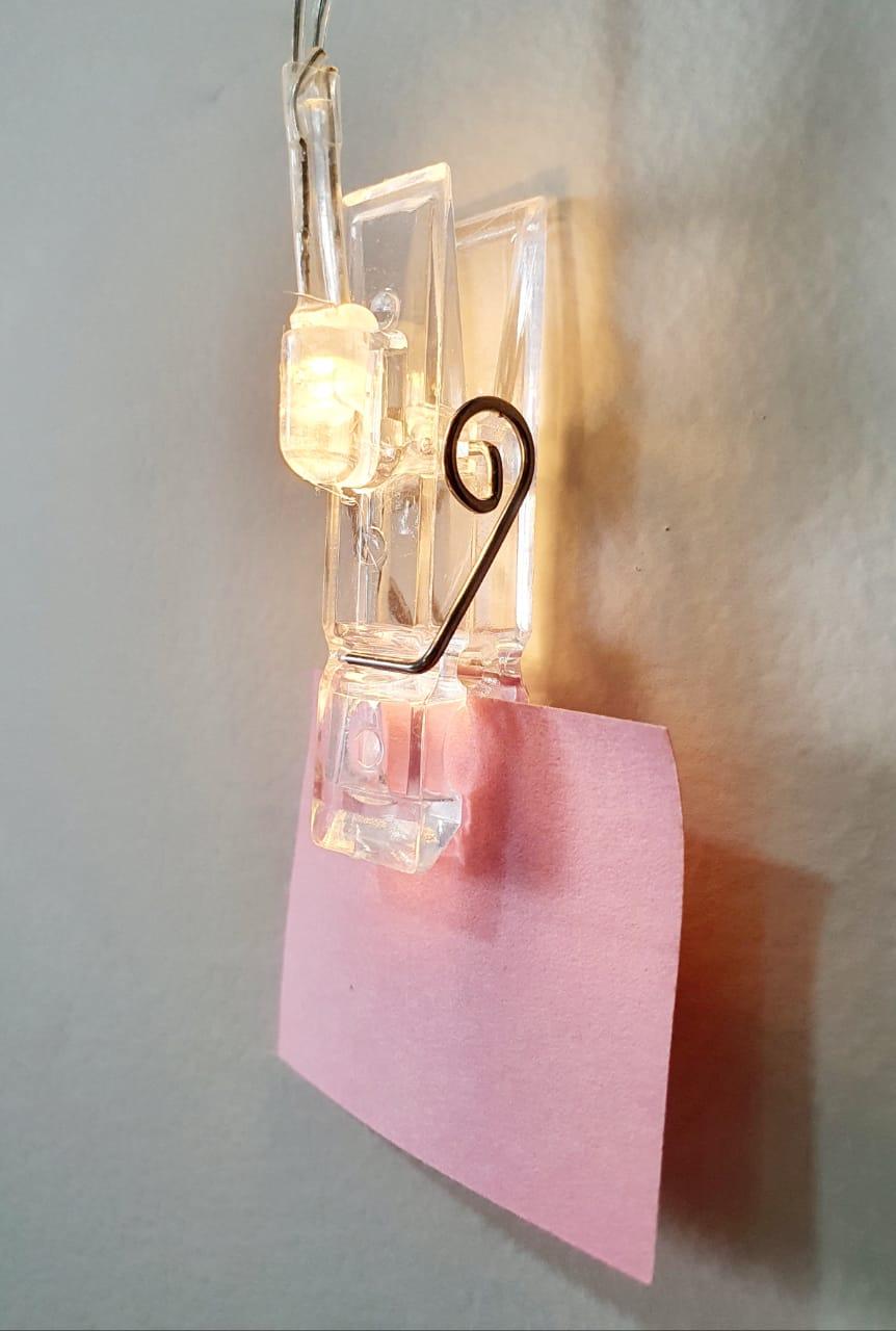 Luminária decorativa - prendedores transparentes