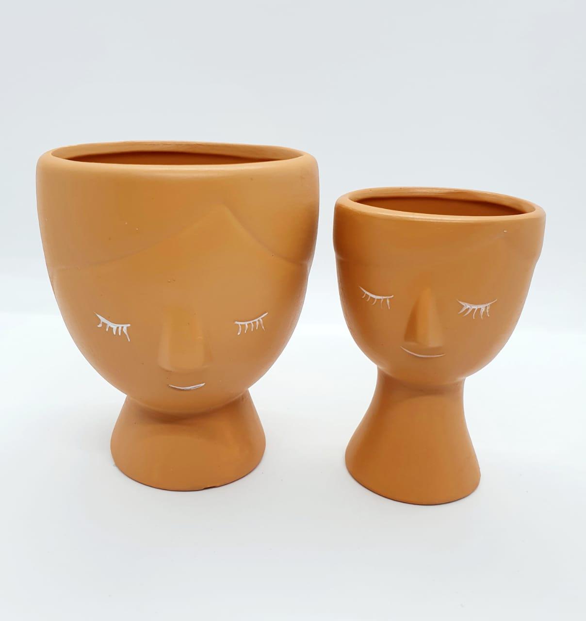Par de cachepôs em cerâmica argila médio e pequeno