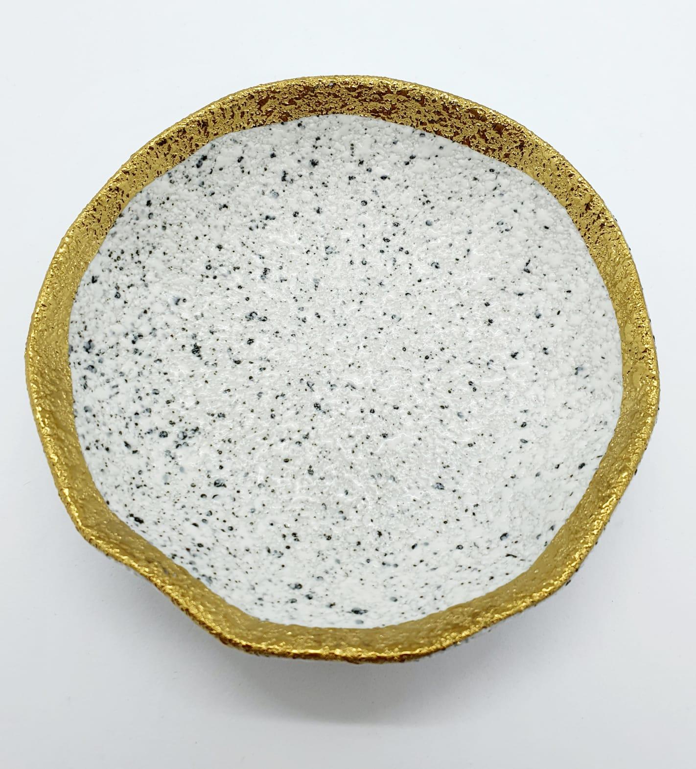 Porta joias redondo granulite em porcelana com dourado