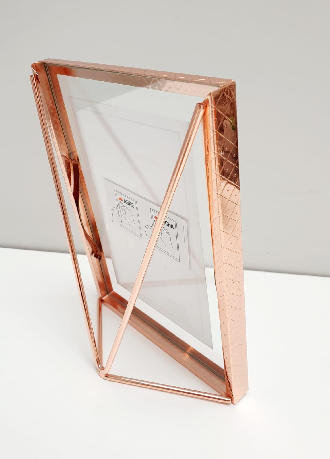 Porta Retrato Triangle rose gold - 13cm x 18cm