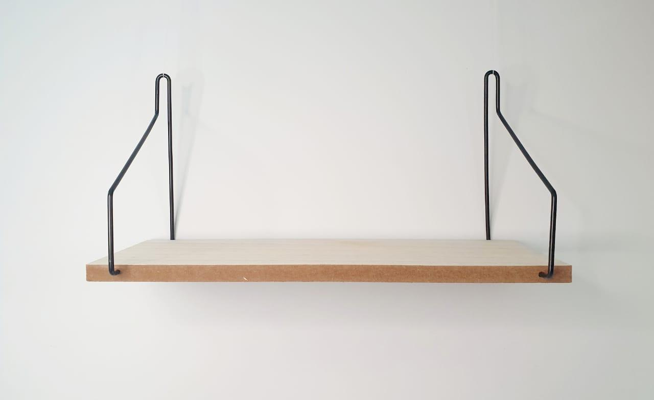 Prateleira decorativa de metal e madeira - 12cm x 44cm