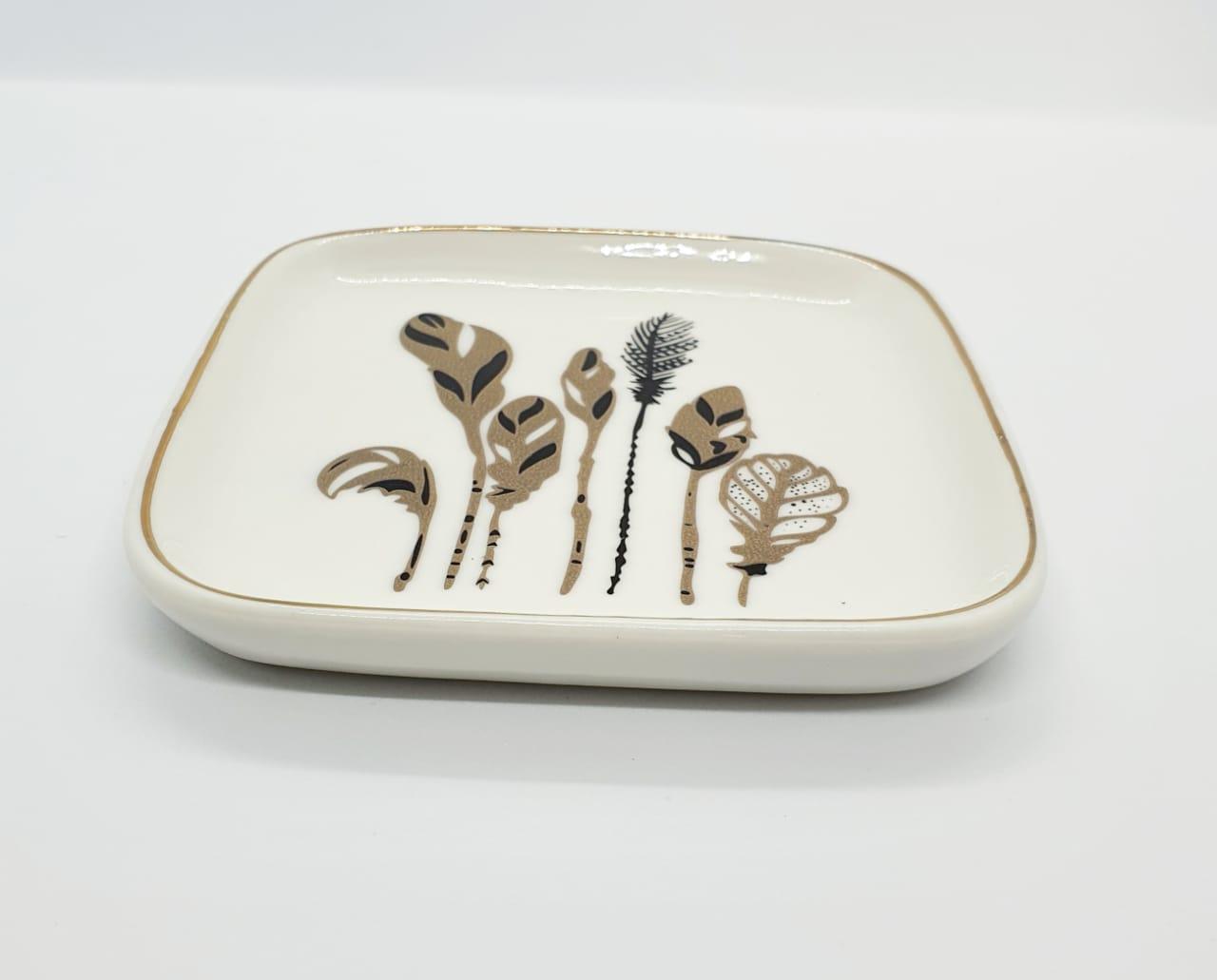 Suporte para joias em porcelana - pratinho 7 folhas