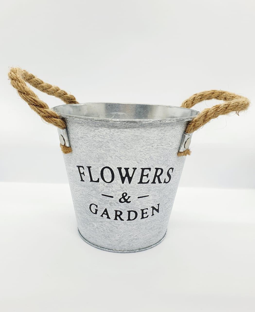 Vaso decorativo em metal rústico grande - Flowers & Garden