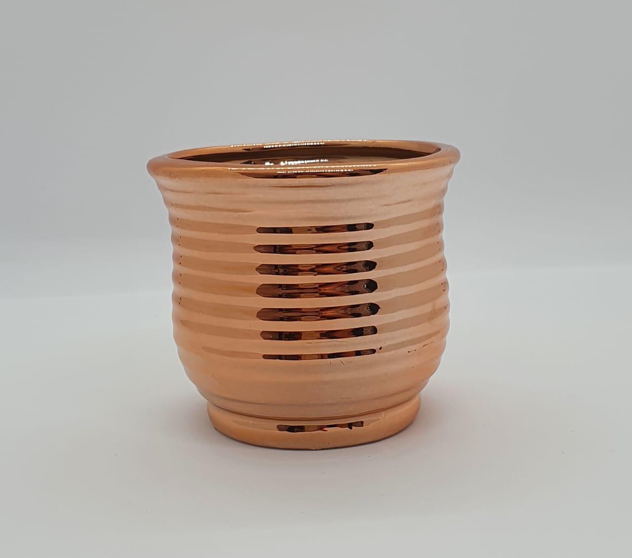 Vaso em cerâmica ondulado - cobre