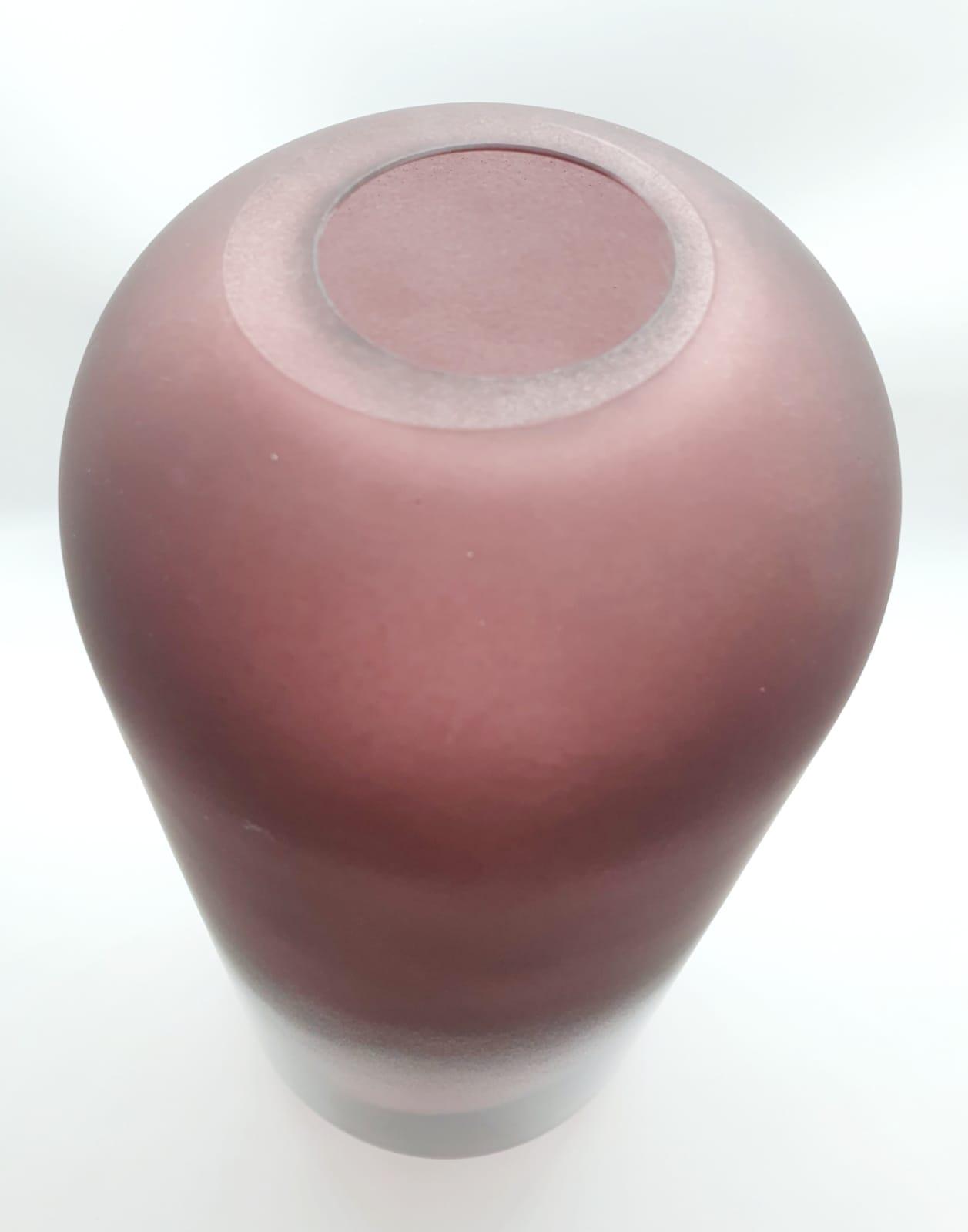 Vaso Marsala degrade em vidro ( 21,5 cm X 12 cm)