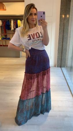 Conjunto Saia Midi com T-shirt
