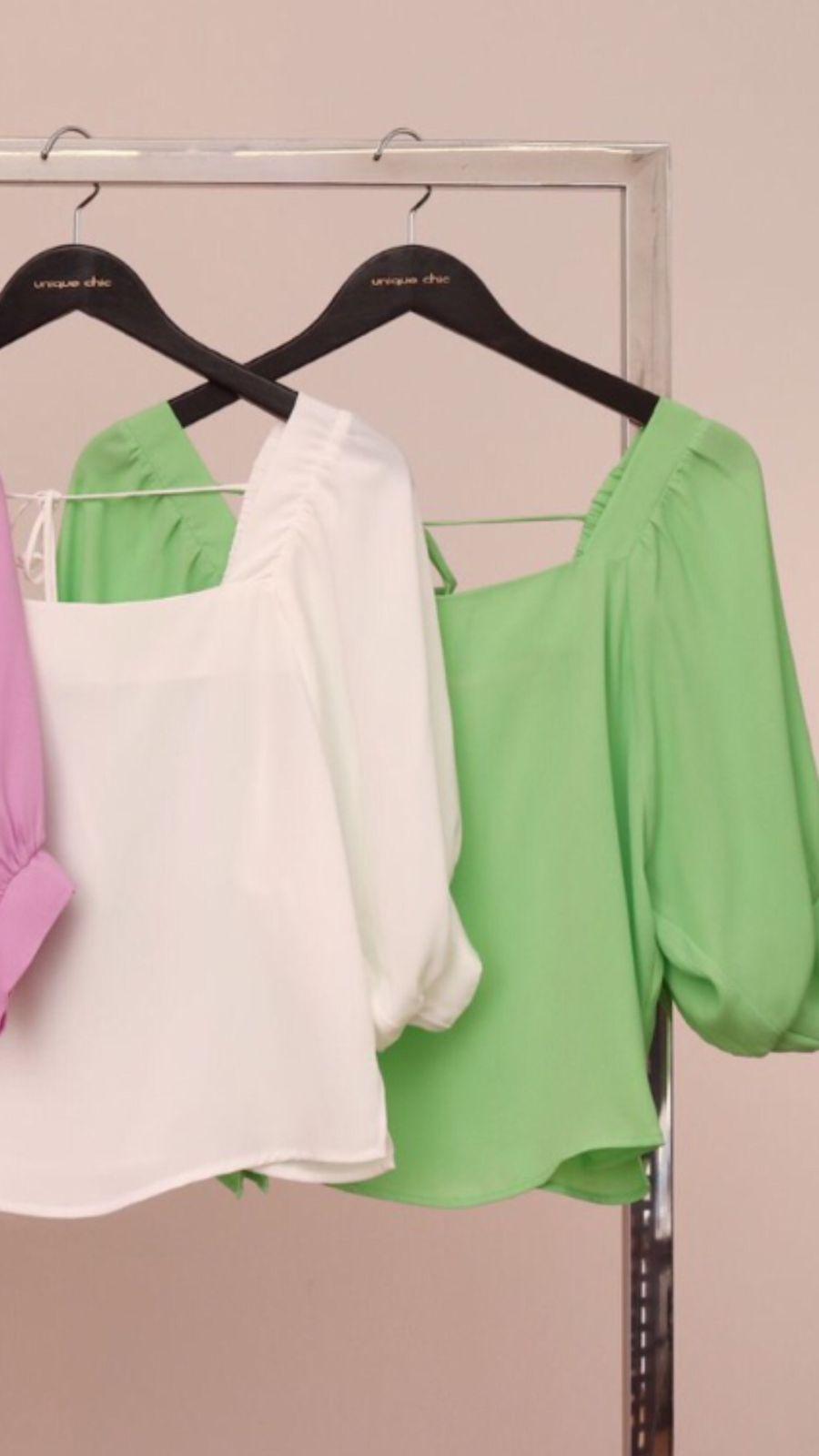 Blusa Crepe Decote Quadrado