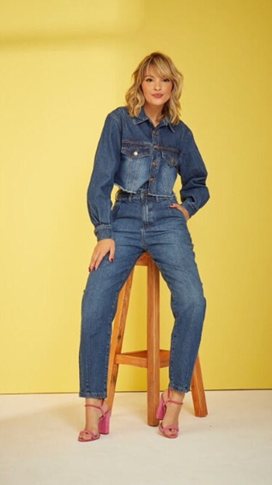 Jaqueta Cropped Jeans