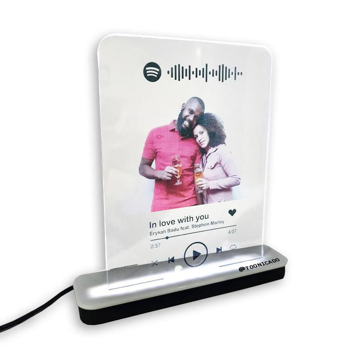 Kit Spotify interativo com placa led + fone de ouvido personalizados
