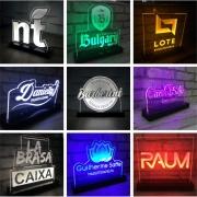 Display de acrílico - Led - Personalizado com o Logo