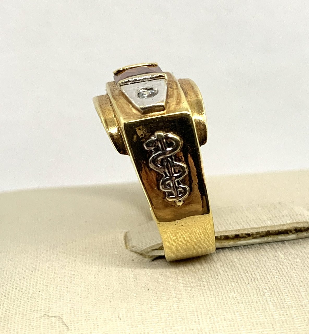 Anel De Formatura Ouro 18k c/ Zircônia