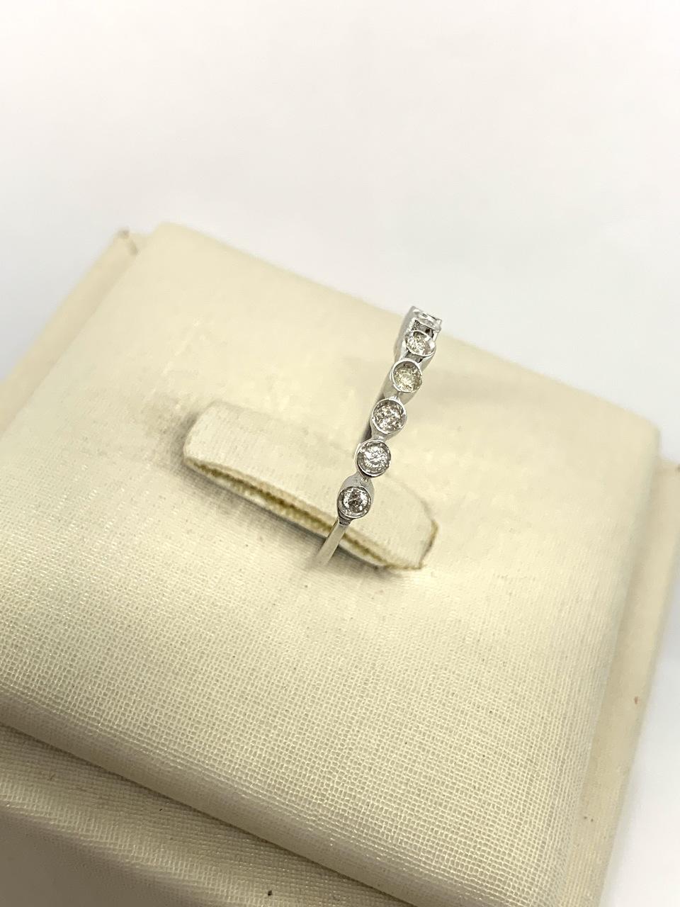 Anel Ouro 18k Ouro Branco com Pedras Jjoias Premium