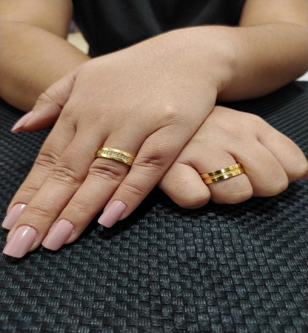 Par de Aliança Ouro 18k Luxo Semi Anatomica