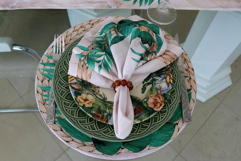 Kit de Guardanapos com Sousplats Floral/Mármore