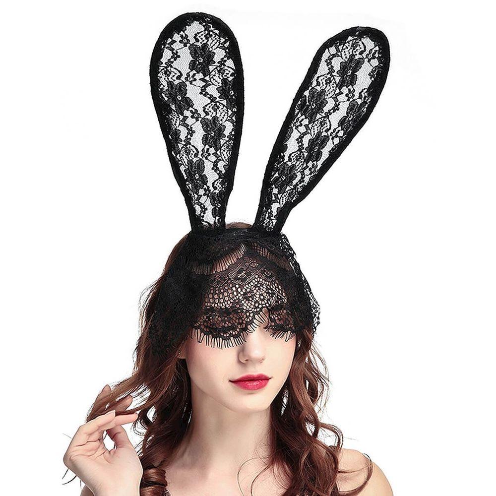 Máscara em Renda com Orelhas de Coelho