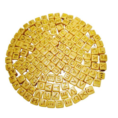 Letrinhas Quadradas Mostarda com Dourada
