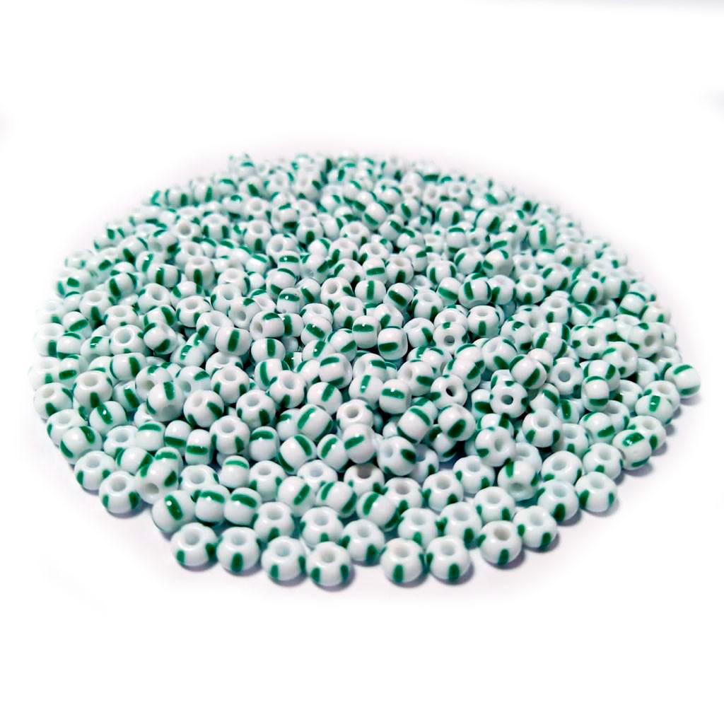 Missanga Jablonex 5/0  Branco Rajado com Verde