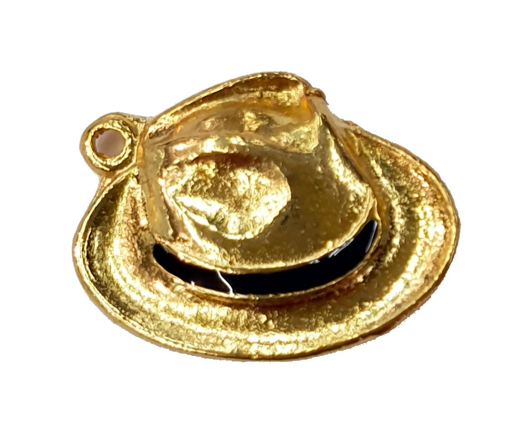 Pingente de Chapéu do Seu Zé Dourado com Resina