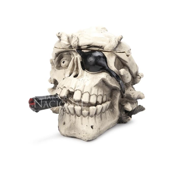 Cinzeiro de Resina para 4 Cigarros - Caveira Pirata Fumando 2