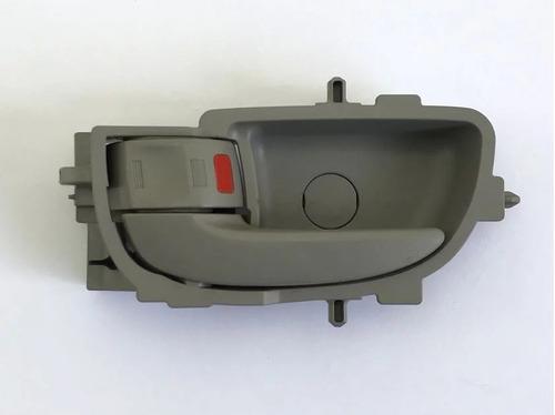 Maçaneta Interna Porta Traseira Esquerda Toyota Corolla 2016