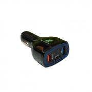 Carregador Veicular 4.0A c/ 1 Saída Tipo C e 2 Saídas USB X-Cell