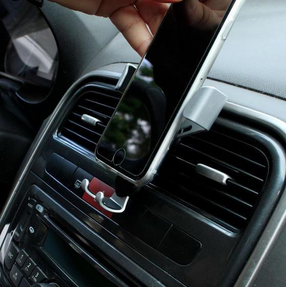 Suporte Veicular para Smartphone c/ Clipe saída de ar*
