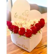 Caixa Box com Rosas Vermelhas e Chocolates