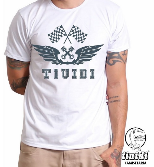 Camiseta Tiuidi Bandeira com Asas