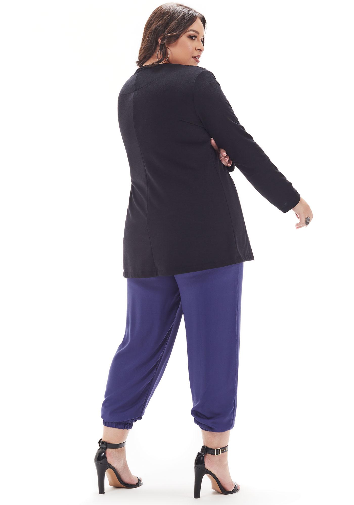 Casaquinho Lepoque Plus Size Em Moletinho Com Bordado (Preto)