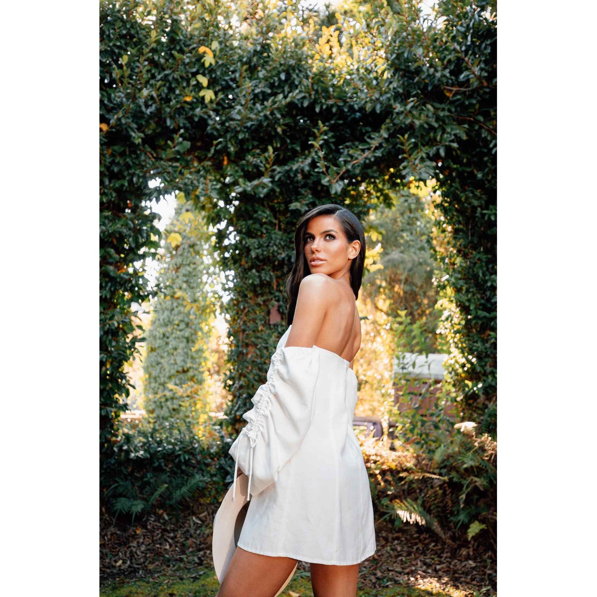 Vestido Curto Capri White