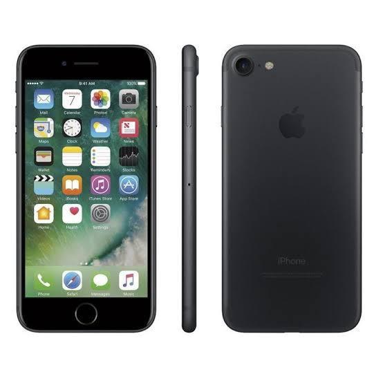 iPhone 7 32GB Preto Matte de Vitrine