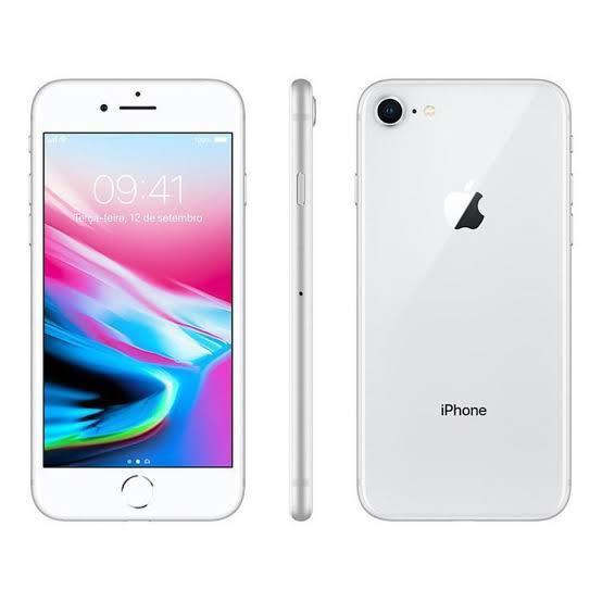 iPhone 8 256GB Prata de Vitrine