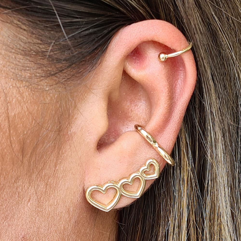 Brinco Ear Cuff com Corações Vazados