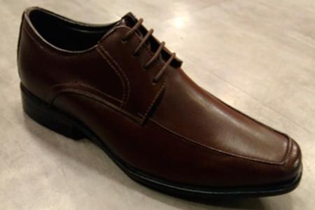 Sapato Social, Couro, Cadarço e Bico Quadrado - Pontapé