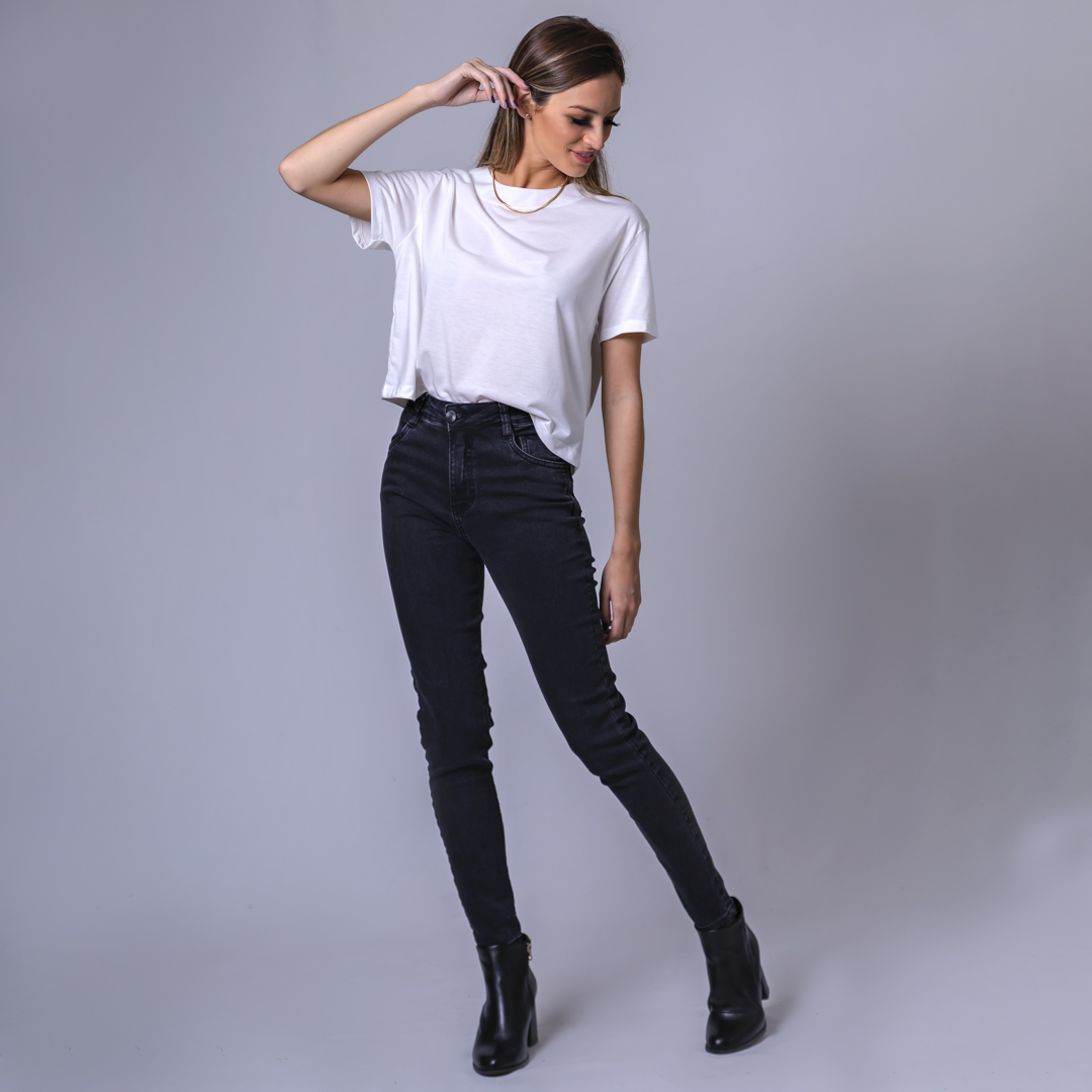 Calça Jeans Skinny Estonada - Preta