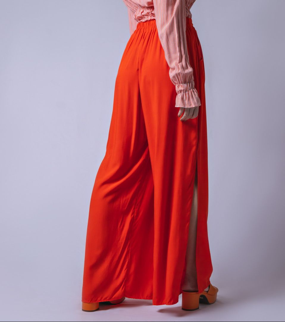 Calça Tecido Pantalona Fenda - Laranja
