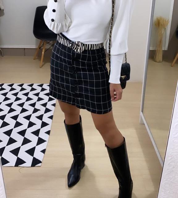 Short Saia Xadrez Alice - Preta