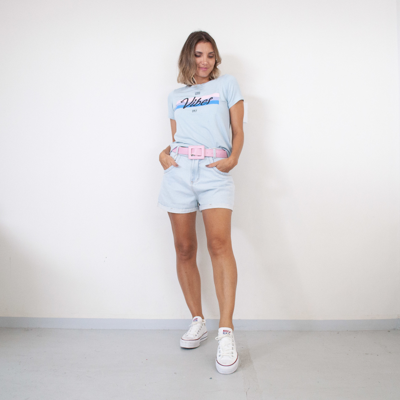 T-Shirt Viscolycra Gola U - Vibes - Azul Claro