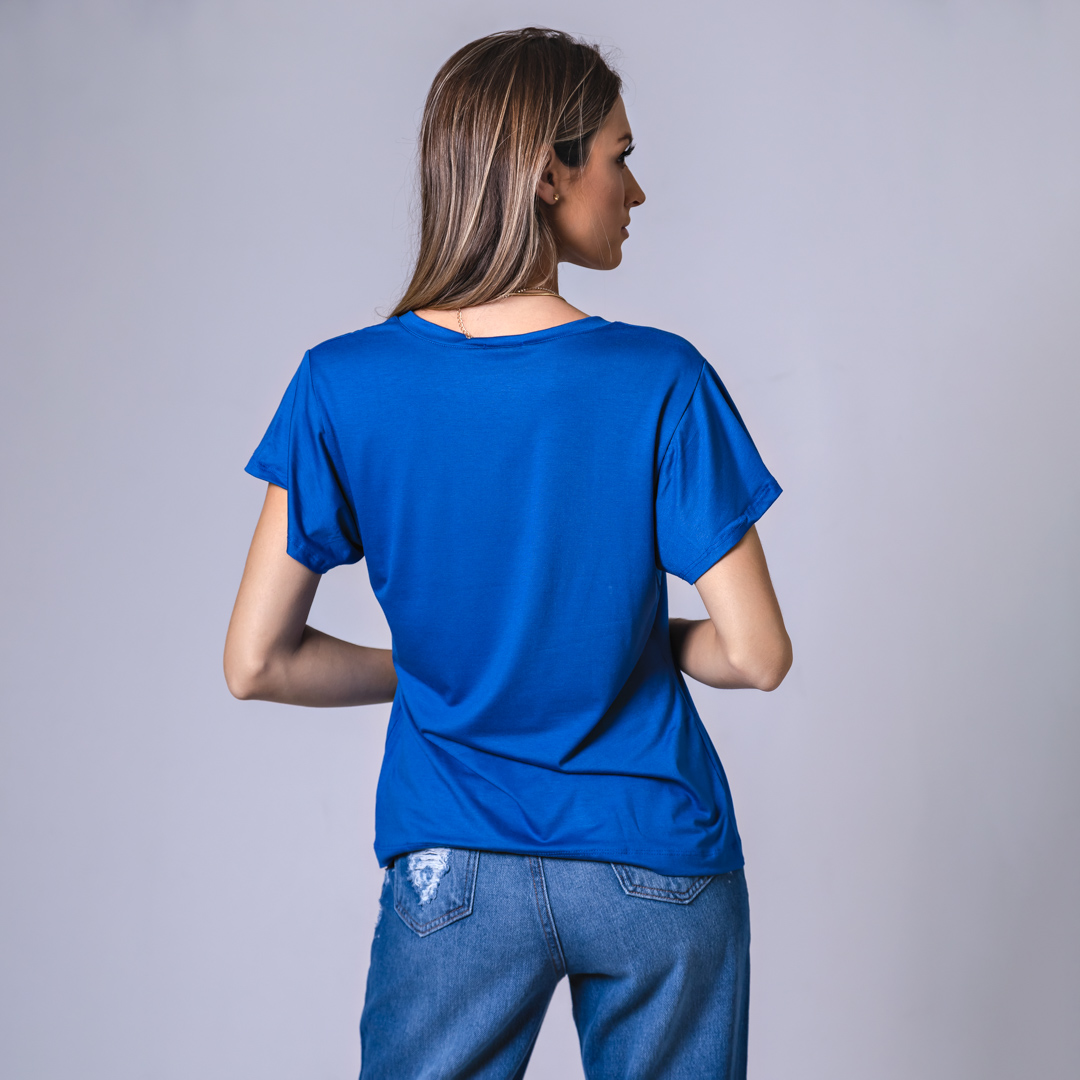 T-Shirt Viscolycra  Gola V - All We Need - Azul