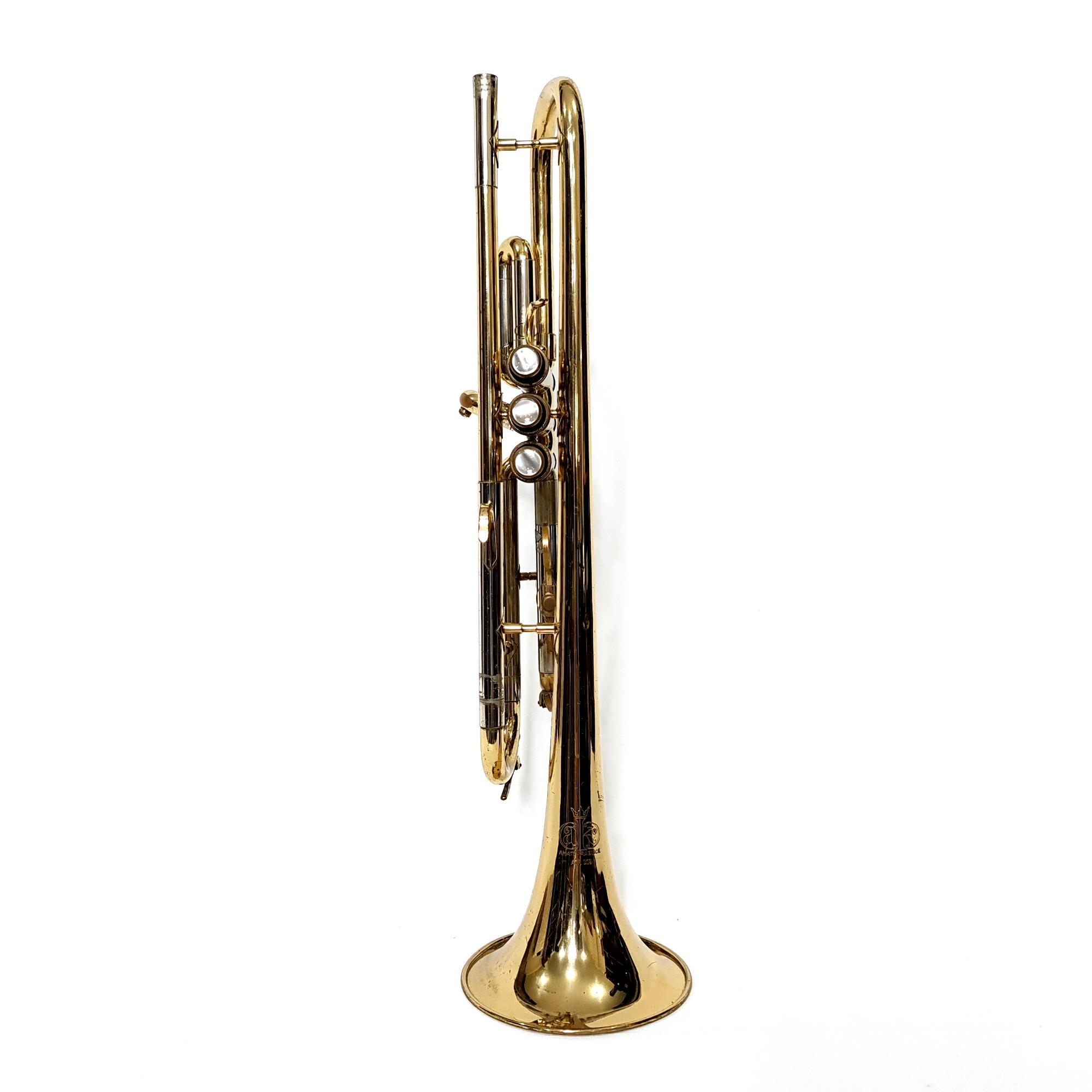 Trompete Sib Amati Atr203 Laqueado Usado