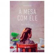 Livro: À Mesa Com Ele | Zoe Lilly