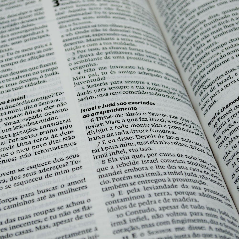 Bíblia De Estudo Esperança | Almeida Século 21 | Capa Semiluxo | Verde