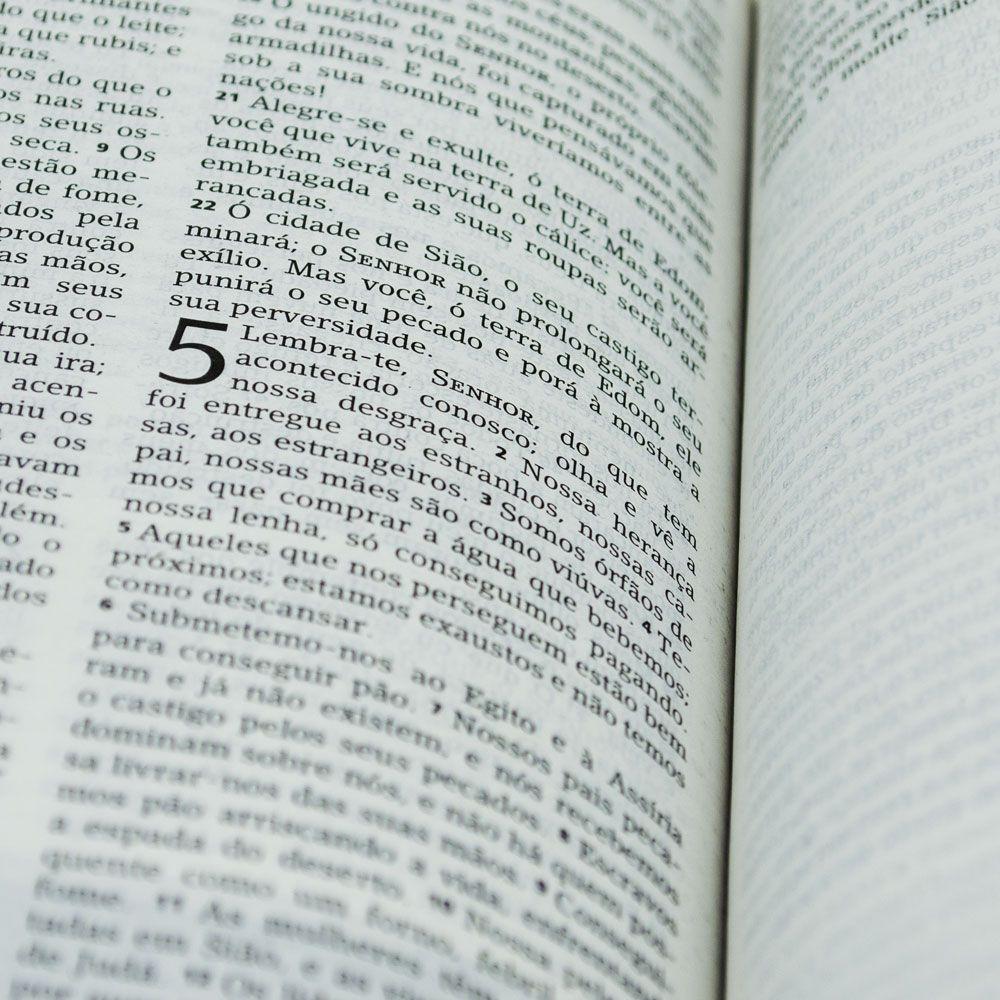 Bíblia De Estudo Joyce Meyer   NVI   Capa Luxo   Rosa