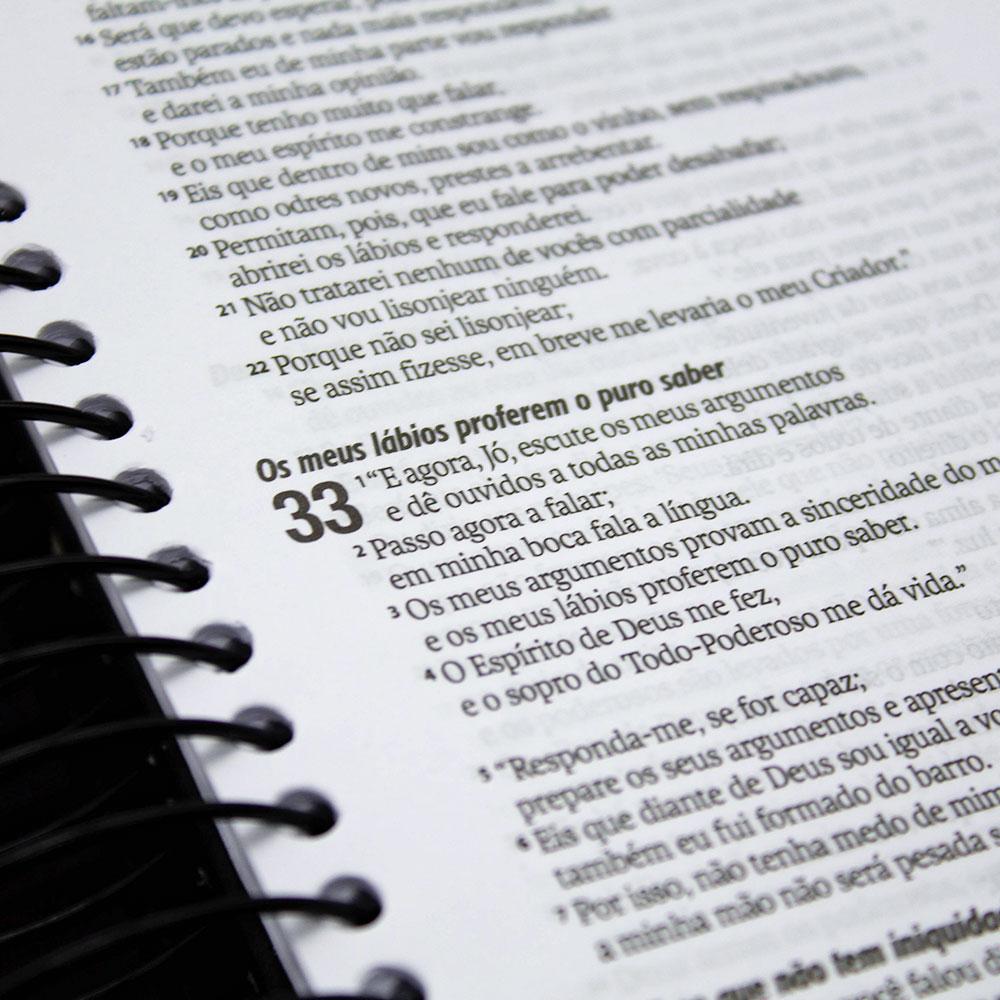 Bíblia Jornada | NAA | Capa Dura | Azul Escuro
