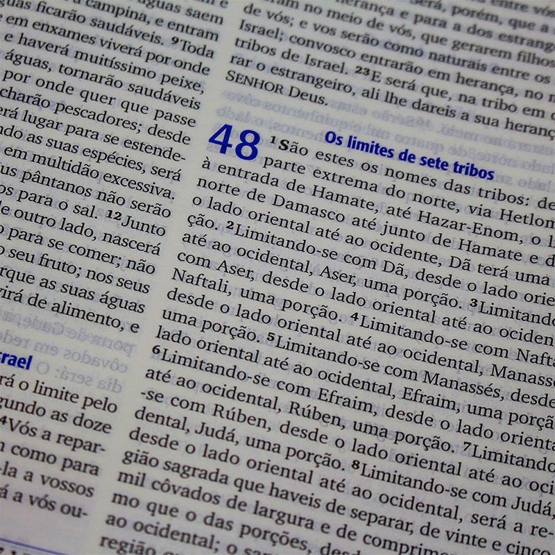 Bíblia Missionária De Estudo   ARA   Capa Pu   Azul Escuro